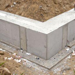 Základová deska na rovinatém terénu